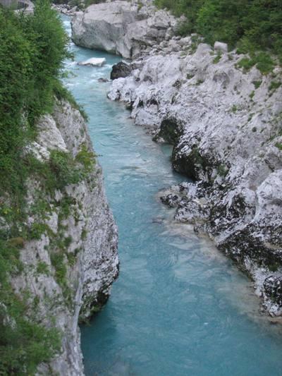 Rivières d'emeraude de Soca, Nadiza, Koritnica à l'ouest de la Slovénie